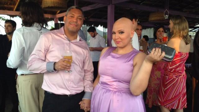 """Noiva com câncer terminal faz vaquinha para se casar: """"Ele nunca saiu do meu lado"""" 3"""