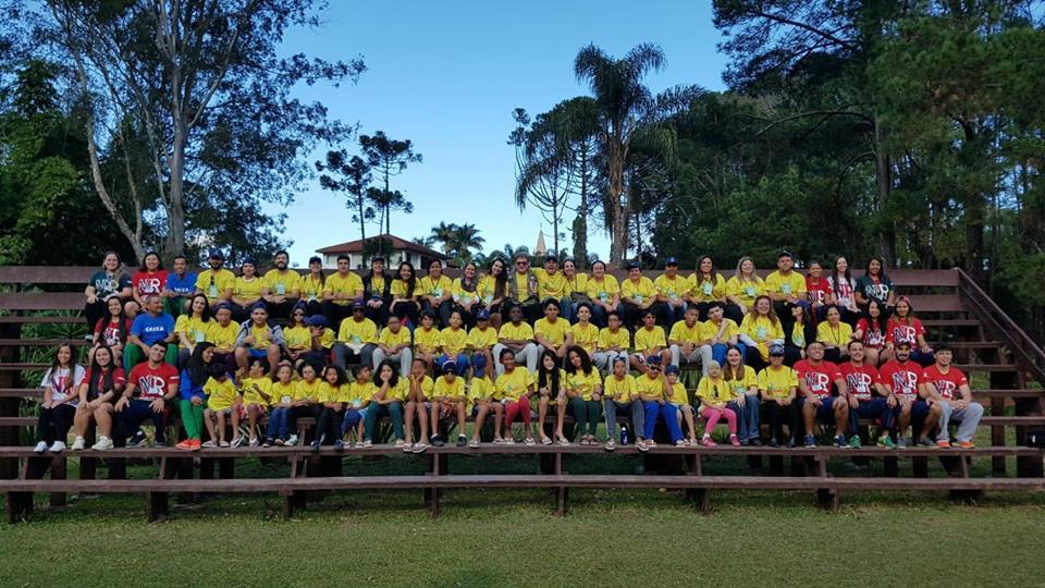 Esse acampamento que reúne crianças sobreviventes de queimaduras vai fazer com que você queira ser voluntário 10
