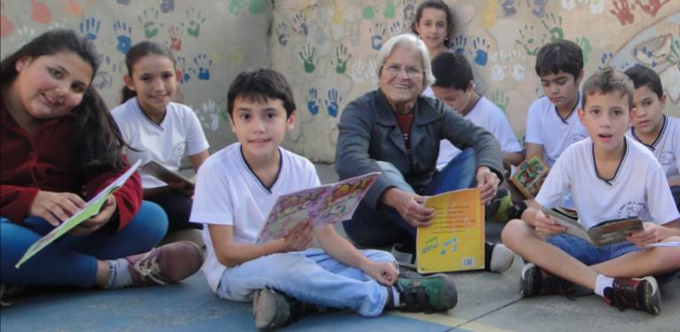 Dona Marta, os livros e sua encantadora rede de leitores em escola de Campinas 1