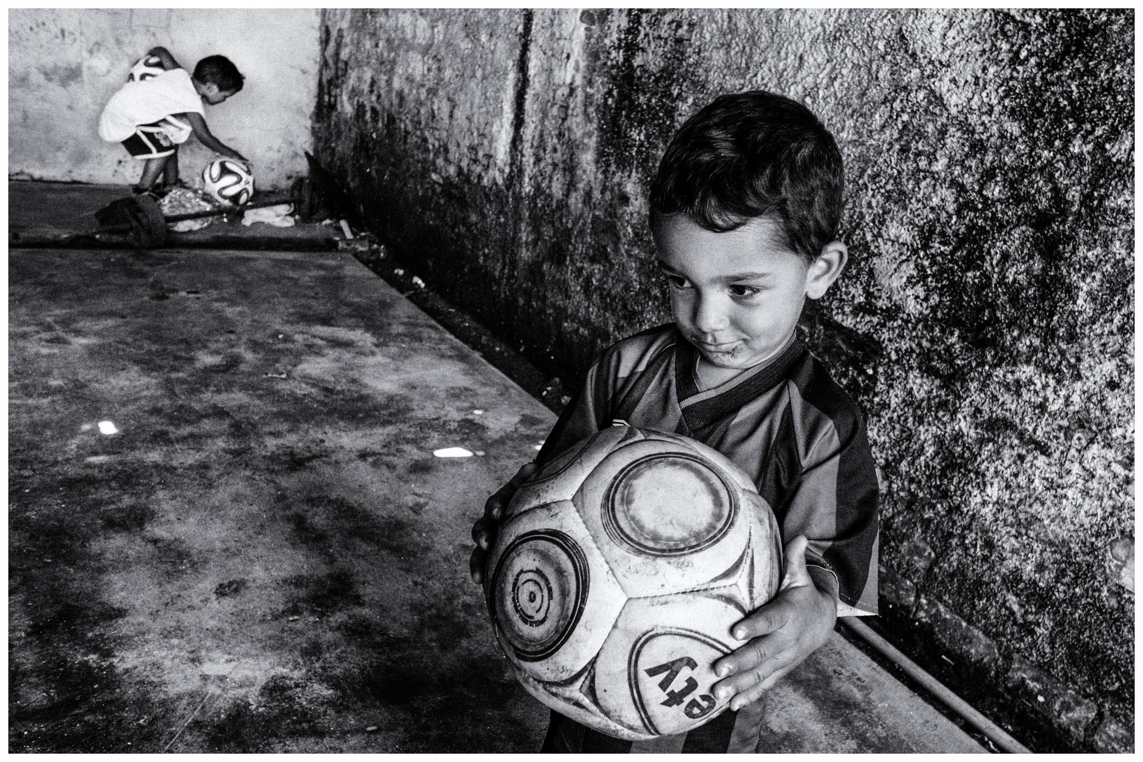 Exposição fotográfica revela realidade de crianças de projetos sócio esportivos de Curitiba e região 6