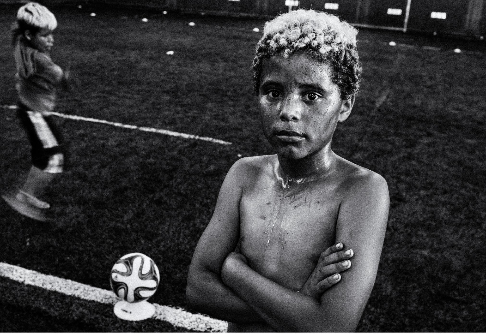 Exposição fotográfica revela realidade de crianças de projetos sócio esportivos de Curitiba e região 1