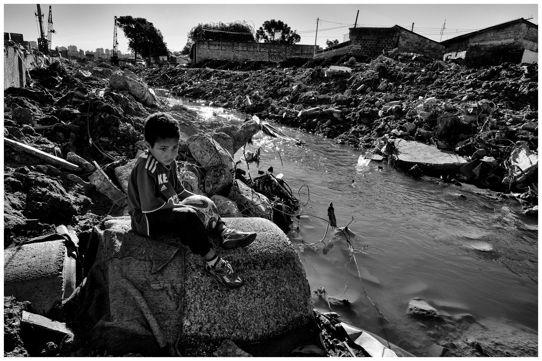 Exposição fotográfica revela realidade de crianças de projetos sócio esportivos de Curitiba e região 4