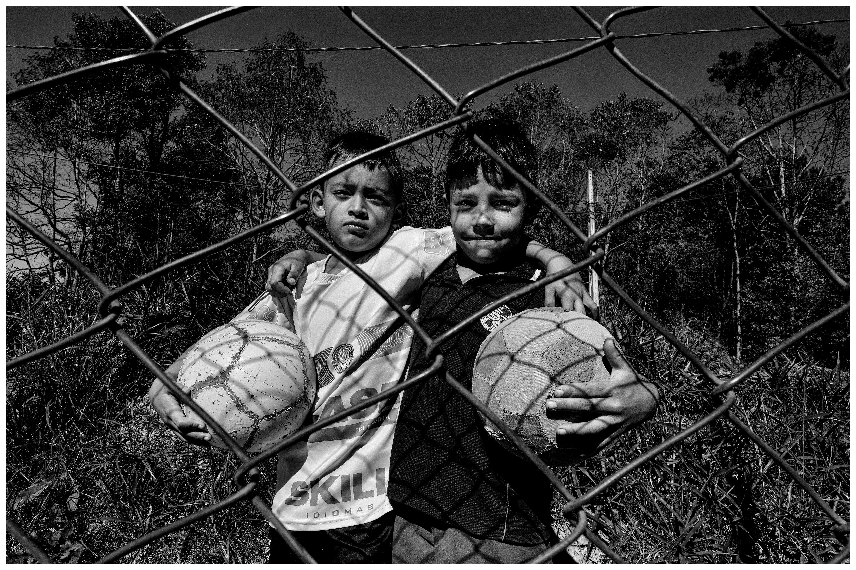 Exposição fotográfica revela realidade de crianças de projetos sócio esportivos de Curitiba e região 2