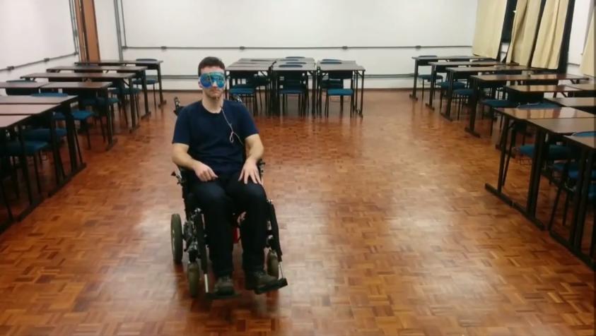 Estudante de engenharia elétrica criou uma cadeira de rodas movida pelos olhos 1