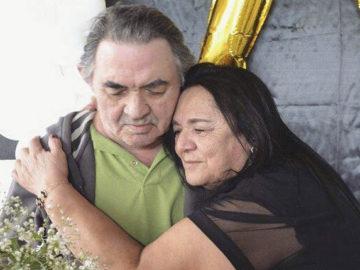 Ele tem 73 anos, Alzheimer e esqueceu o nome de todos, menos da amada 33