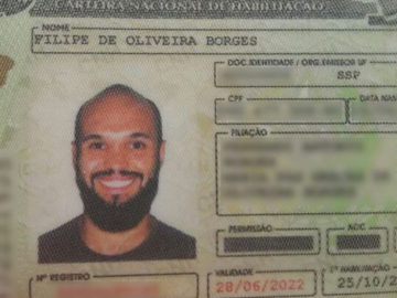 carteira de motorista sorrir