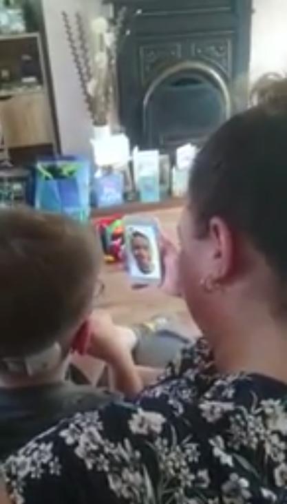 Ryan Reynolds realiza sonho de menino com câncer terminal que queria conhecer Deadpool 2