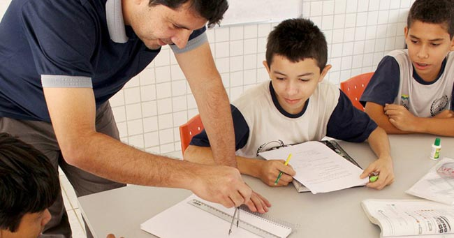 Escola pública no Piauí supera desafios e coleciona mais de 150 medalhas em matemática 4
