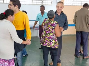 Dança evita depressão e colabora para autoestima de pessoas com deficiência visual 5