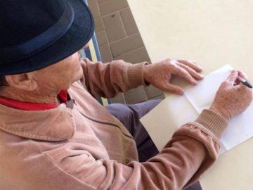 Projeto do Lar Dos Velhinhos resgata troca de cartas com idosos e busca novos voluntários 9