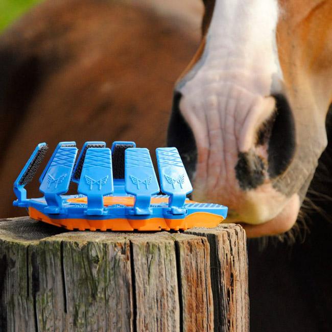 Protetor de plástico com amortecedor pode substituir as incômodas ferraduras em cavalos 2