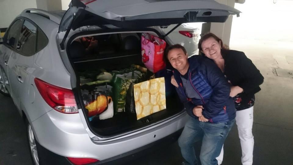 Costureira distribui marmitas para familiares de pacientes que esperam em hospital em Curitiba 2