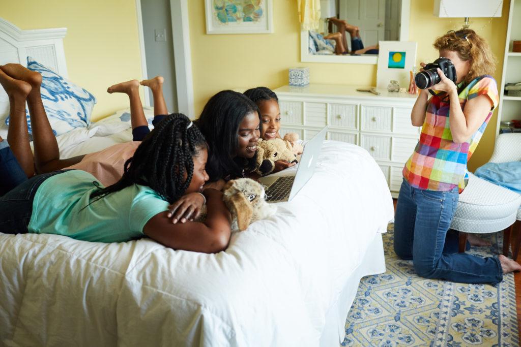 Disney faz campanha fotográfica incentivando as mulheres a sonharem alto 1