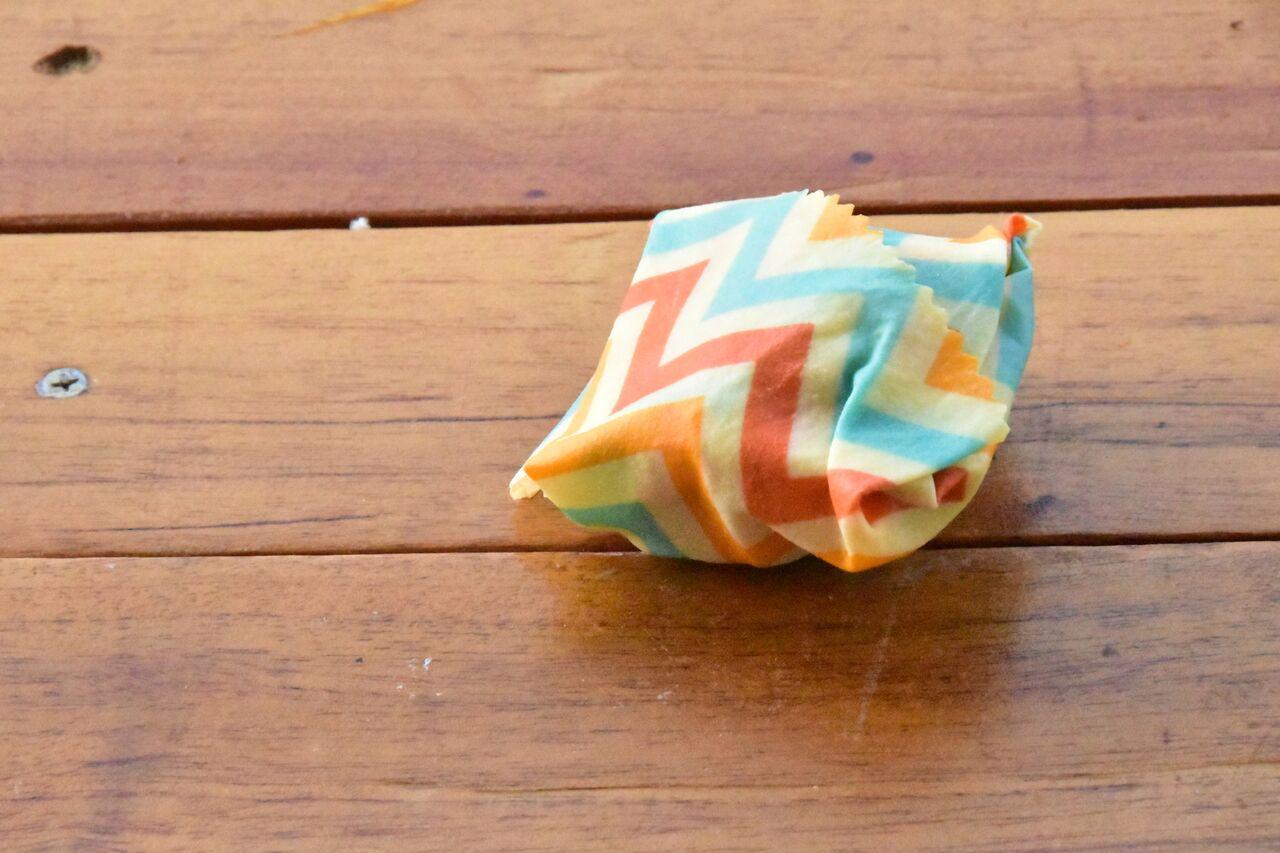 Para substituir plástico filme e papel alumínio, casal brasileiro cria embalagem vegana 6