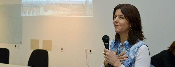 Histórico: Universidade Federal de Goiás forma a primeira doutora surda 2