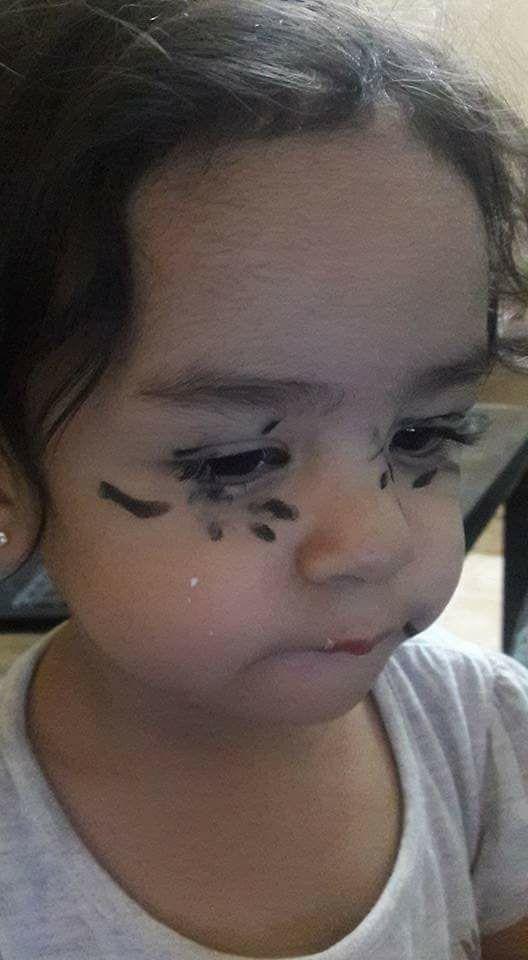 """Fotos hilárias mostram o que acontece quando você deixa uma criança sozinha por """"1 segundo"""" 7"""
