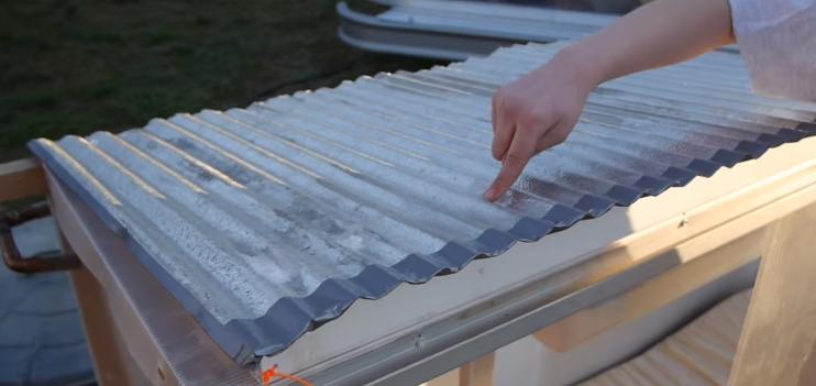 Menina de 10 anos constrói abrigo com energia solar para sem-teto com apenas 32 reais 2