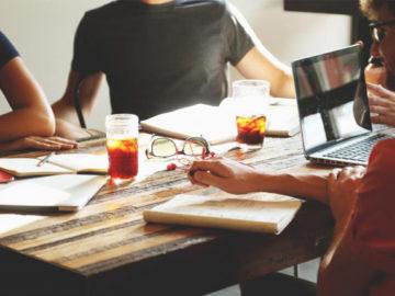 Startups com foco em negócios de impacto social serão selecionadas e receberão US$ 6.600 dólares cada 1