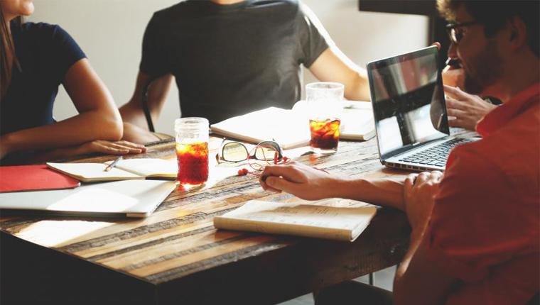 Startups com foco em negócios de impacto social serão selecionadas e receberão US$ 6.600 dólares cada 2