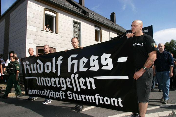 Essa cidade alemã achou um jeito lindo de lidar com os neonazistas 1
