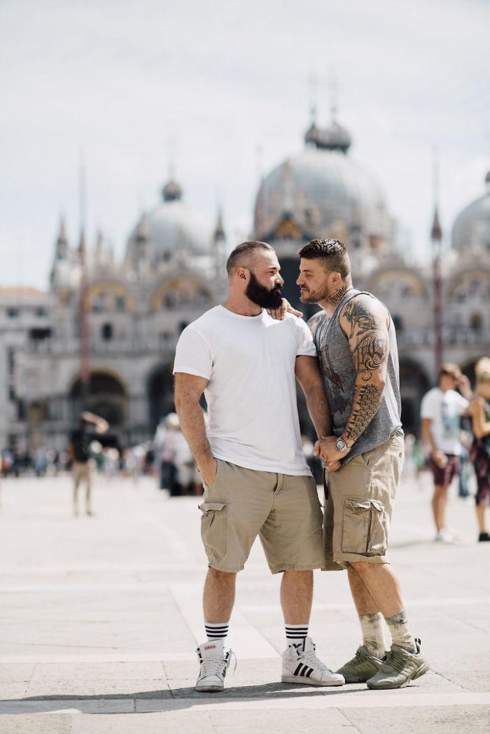Saltador olímpico é pedido em casamento em Veneza e as fotos são apaixonantes 7