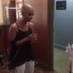 Drag queen careca inspira fã com alopecia a se aceitar do jeito que é 2
