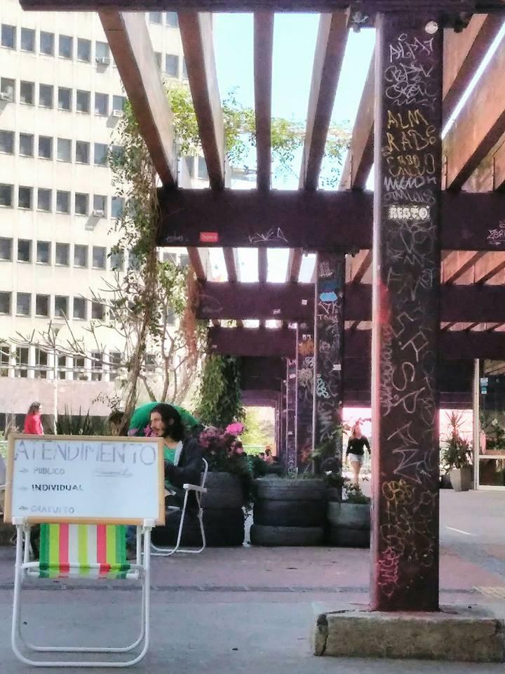 Grupo oferece consultas de psicanálise gratuitas na praça Roosevelt 2