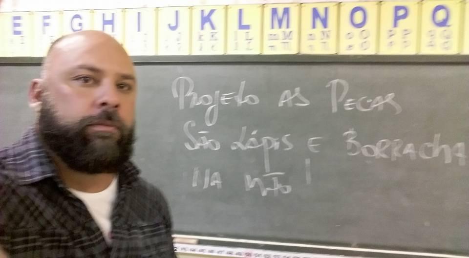 Alexandre Calil aulas de inglês gratuitas