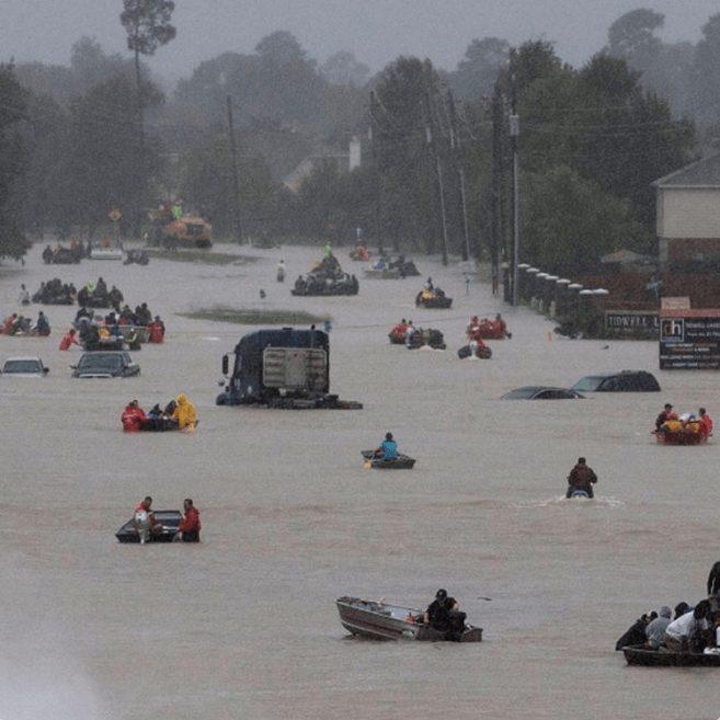 Furacão Harvey: Essas fotos de resgates vão restaurar sua fé na humanidade 13