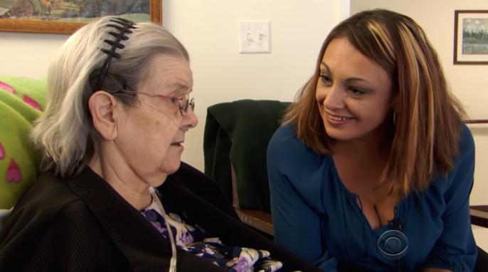 """Vizinha recebe carta angustiante de idosa de 90 anos: """"Por favor, eu rezo pra ter alguém"""" 4"""