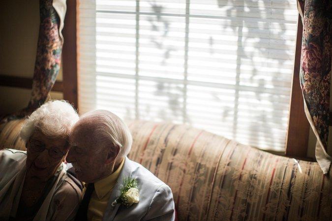 Ele com 94 anos e ela, 98, casaram-se depois de terem se conhecido na academia 5