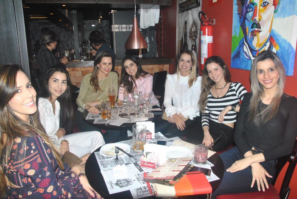 English Meeting: grupo em BH promove encontros gratuitos para praticar o inglês e ajudar quem precisa 1