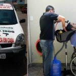 Cabeleireiro cria salão móvel para atender pessoas com deficiência em casa 1