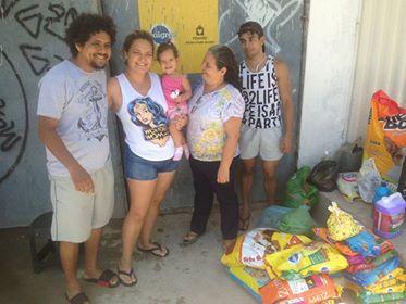 Mãe celebra aniversário de 1 ano da filha ajudando abrigo de animais 2