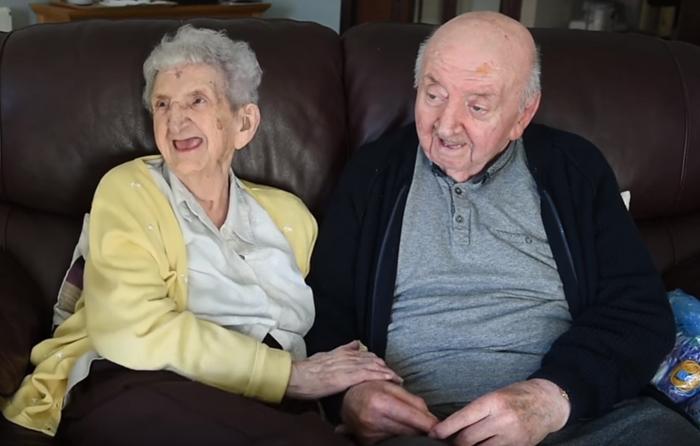 Mãe de 98 anos se muda para o mesmo asilo de filho de 80 anos 3