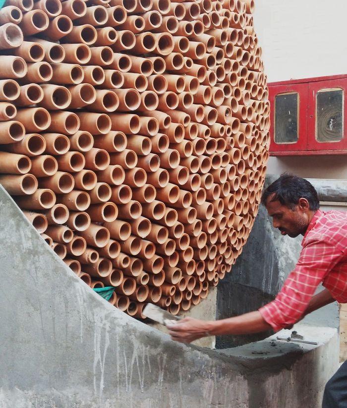 Ar condicionado que pode salvar vidas e que não usa eletricidade é construído por indianos 4