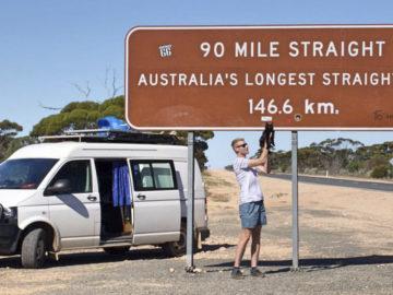 Homem larga tudo para viajar pela Austrália com sua gatinha de estimação 38