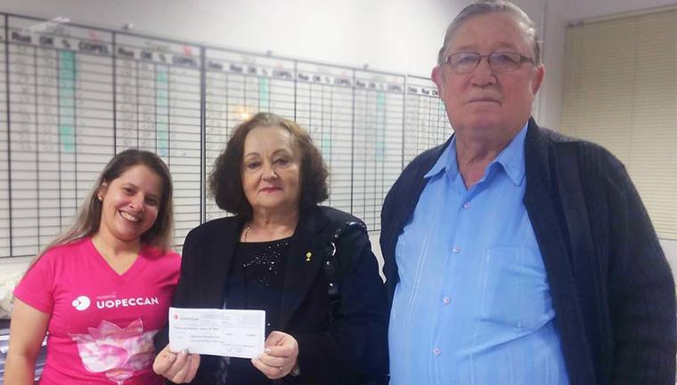 Casal pede doações para hospital em festa de Bodas de Ouro ao invés de presentes 2