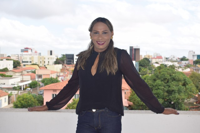 Piauiense é a primeira enfermeira trans a possuir o nome social na carteira profissional 1