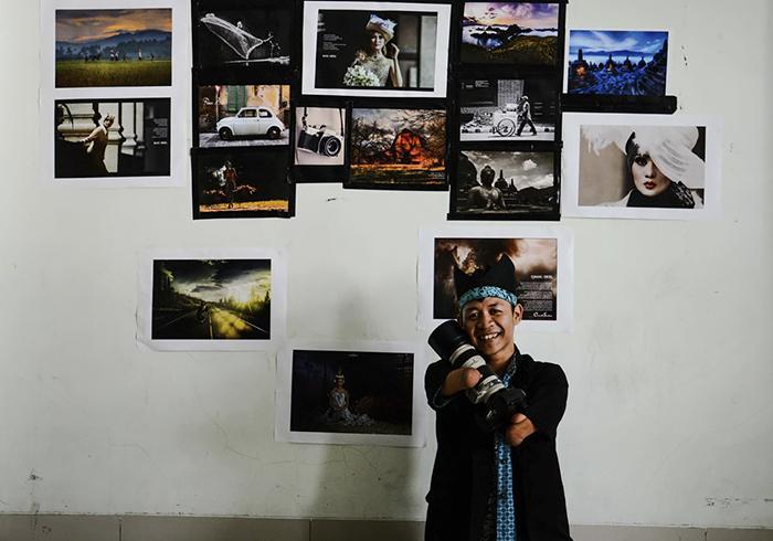 Fotógrafo que nasceu sem as mãos e as pernas arrasa atrás de sua câmera 21