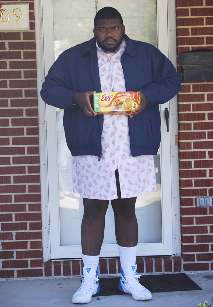 Esse cosplay do Eleven do 'Stranger Things' é a coisa mais engraçada que você verá hoje 6