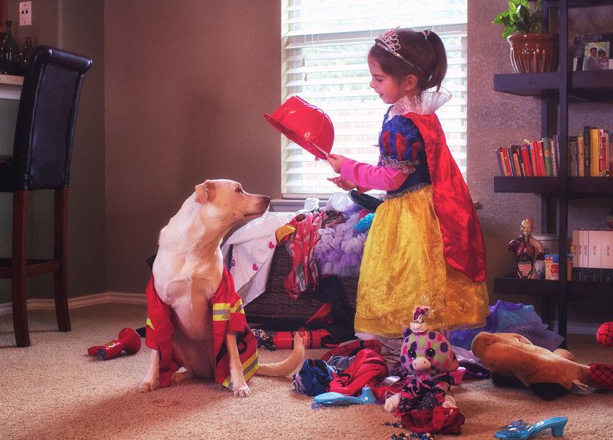 O lindo relato da adoção de uma cachorra que virou a melhor amiga dessa garotinha 3