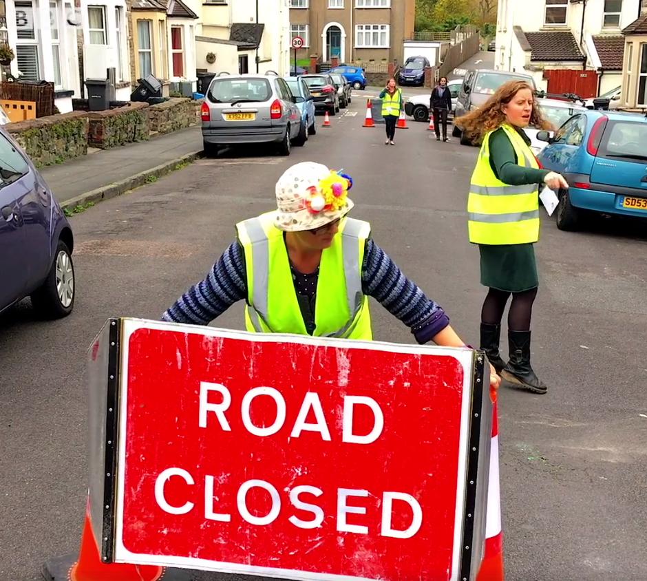 Como o simples ato de fechar uma rua está ressignificando a infância? 1