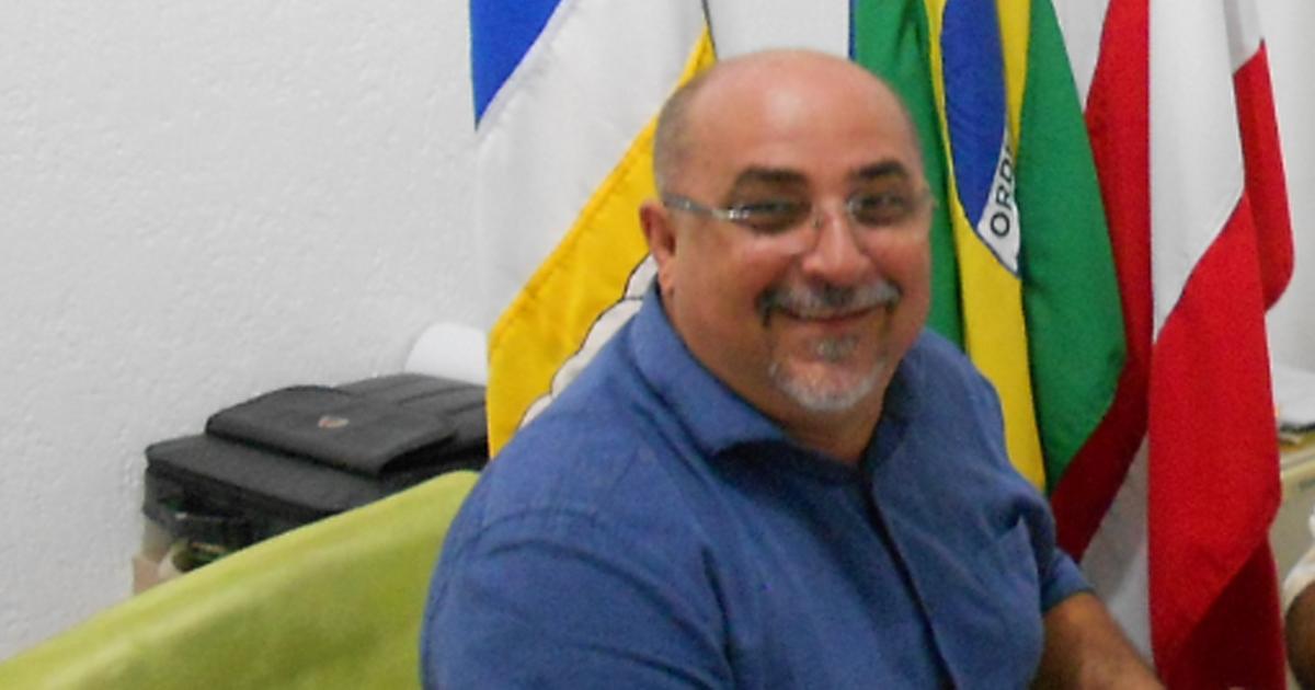 Prefeito de cidade na Bahia reduz o próprio salário para ajudar na crise do país 2