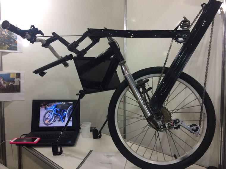 Estudantes em Cuiabá reaproveitam peças de bicicleta para criar cadeira de rodas 2