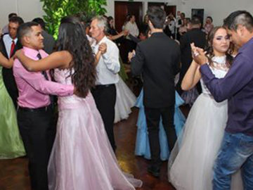 Estudantes de Caxias do Sul tornam realidade sonho de 12 adolescentes 6