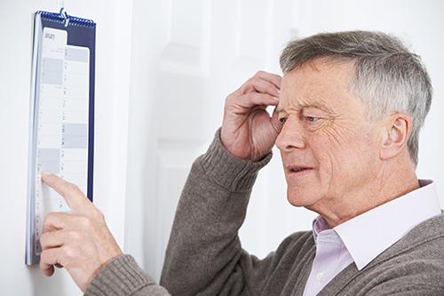 Universidade do Japão desenvolve coquetel que reduz o Alzheimer em 30% 1