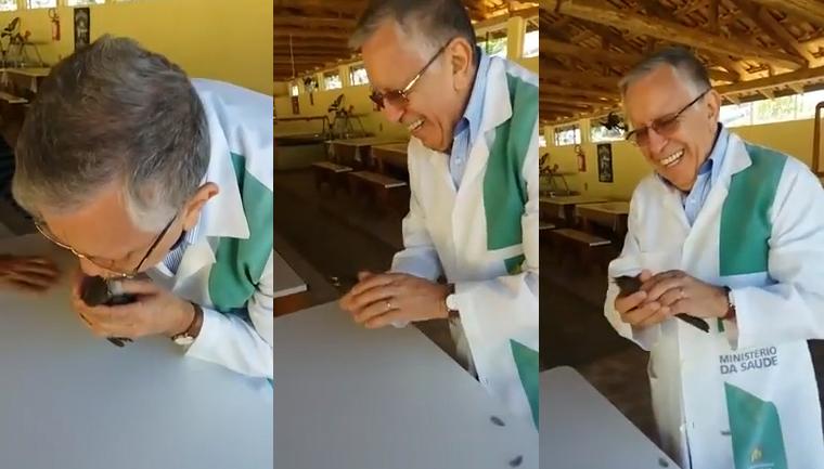 Médico faz massagem cardíaca em passarinho