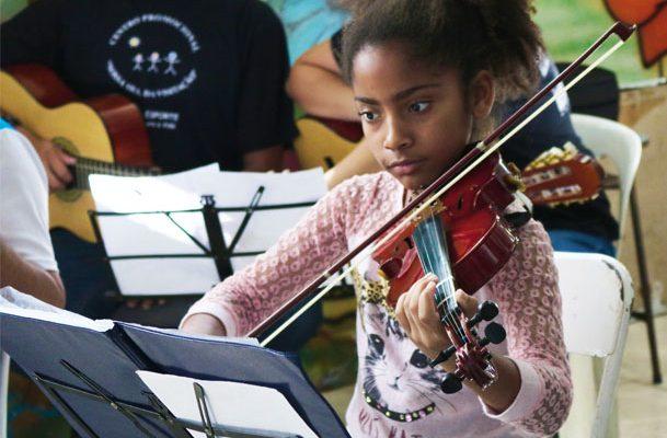 Arte e esporte fortalecem vínculos e abrem possibilidades para crianças e jovens 1