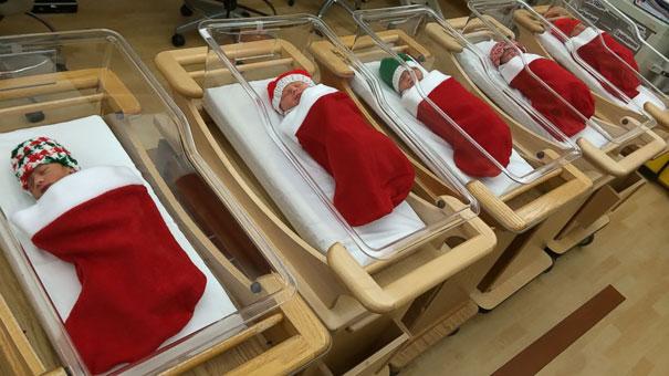 Essas decorações de natal feita por funcionários de hospitais são as mais criativas que você vai ver! 1